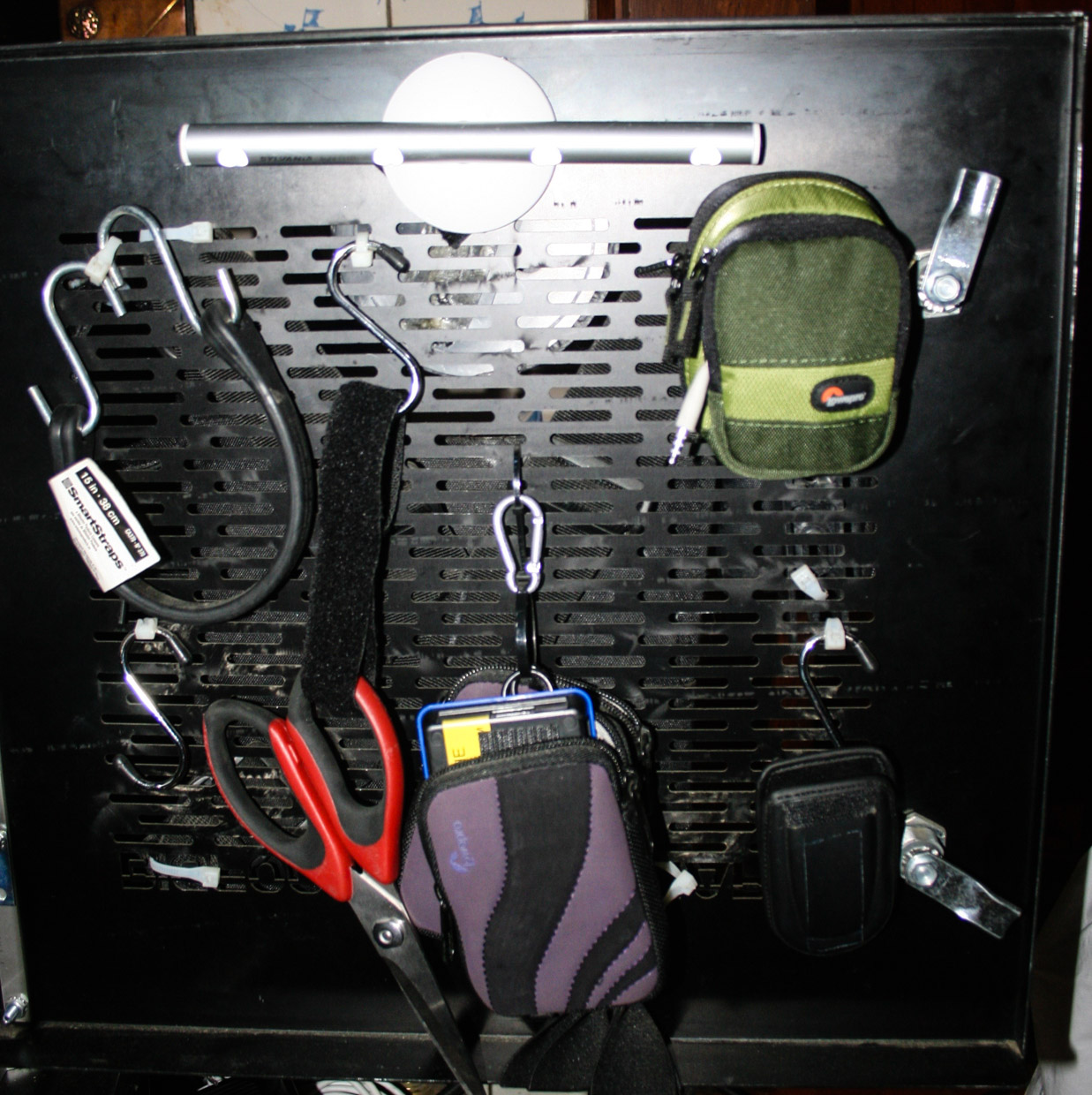 Additional tools hanging from Frank Devine's DIT cart.