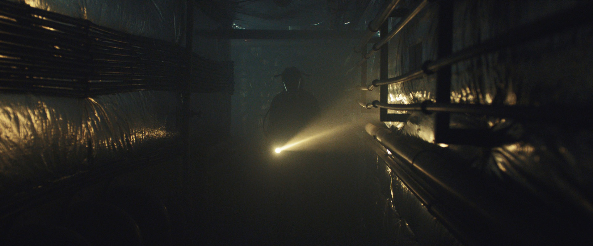"DP Romain Lacourbas Talks About Color Grading on Set of ""ZeroZeroZero"""